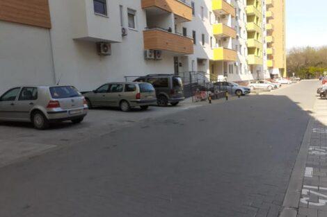kraljev park parking