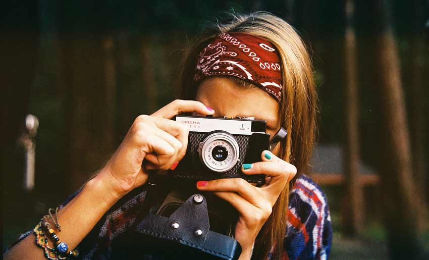 horoskop-maj-zena-foto-aparat
