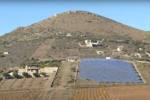 grčka solarni paneli