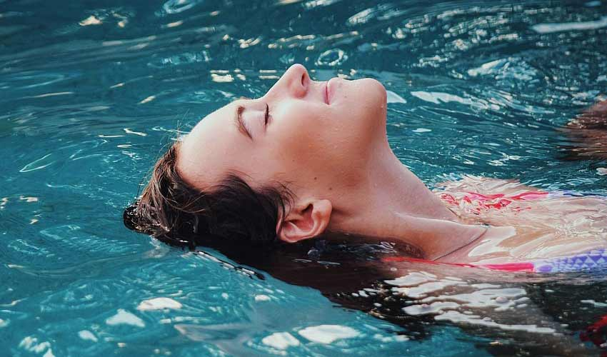 horoskop-jun-zena-leto-plivanje