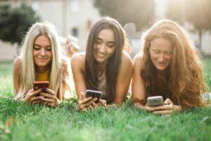 horoskop-jul-devojke-telefoni