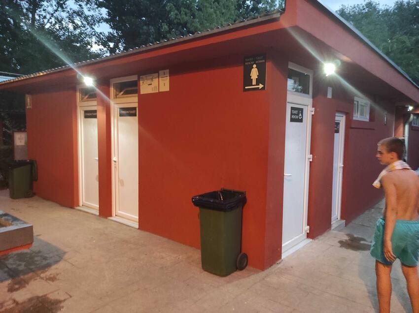 strand-wc