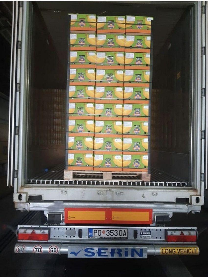 kamion koka i banana