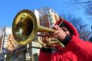 Ulicni-svirac-truba
